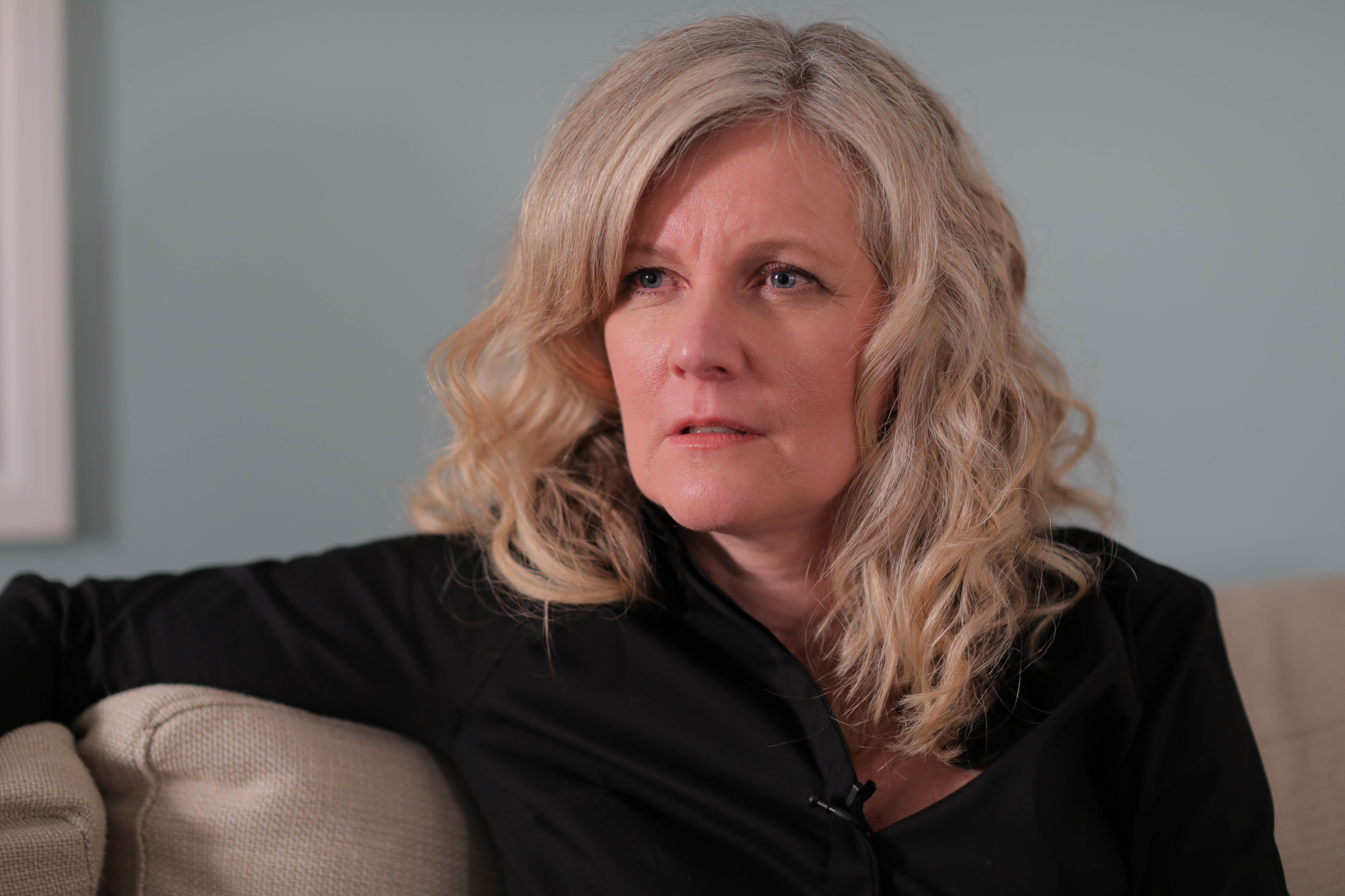 Psychologist Lara Sigurdson, who treats many OPP officers at her private practice in Barrie, says officers often become targets of bullying and harassment if they bring a complaint forward. (John Badcock/CBC)