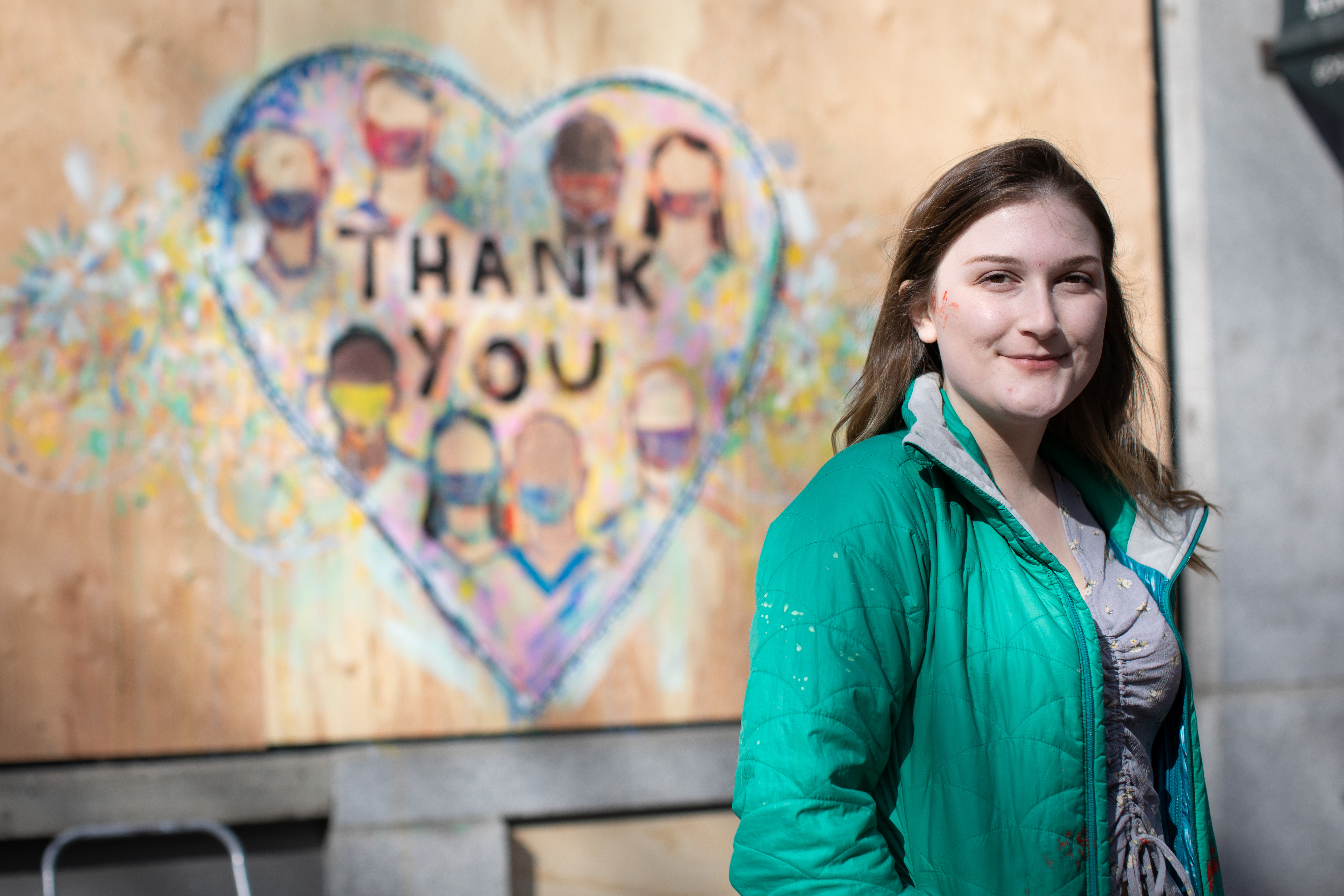 Artist Sarah Orsmond's mural is a thank you message to all nurses, doctors, and respiratory therapists.