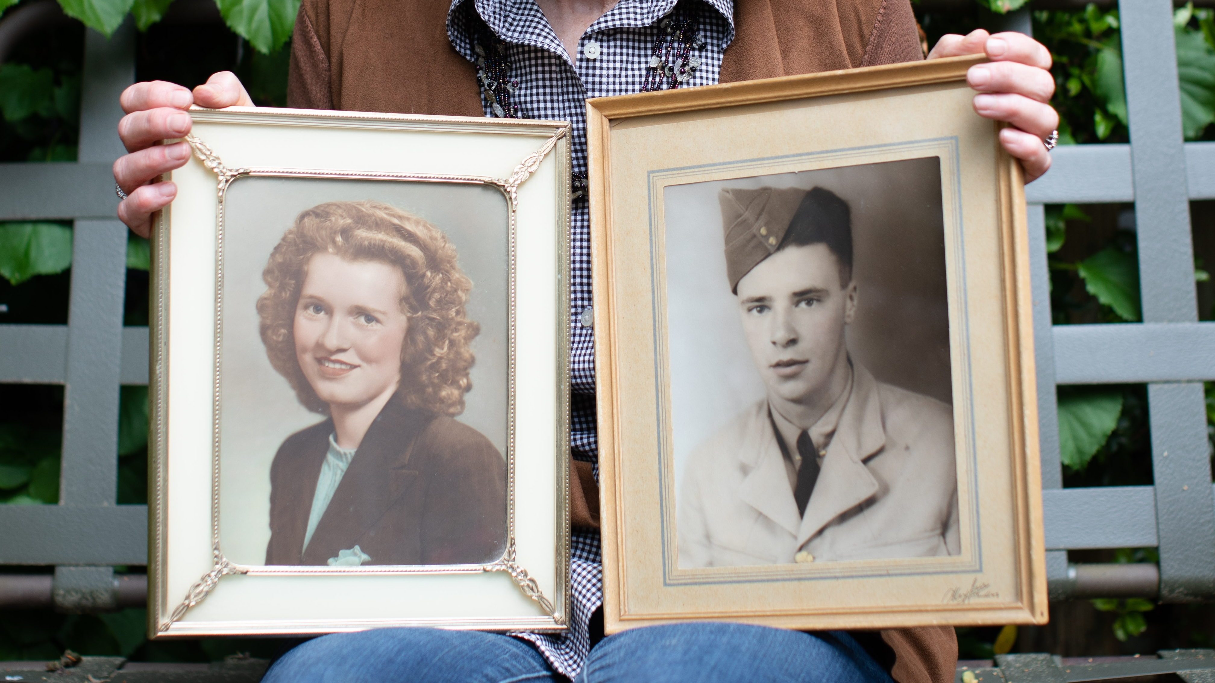 Juanita and Howard Robinson met shortly after the Second World War and were married in 1951. The couple passed away from COVID-19 within hours of each other in a North Vancouver care home in April 2020. (Maggie MacPherson)