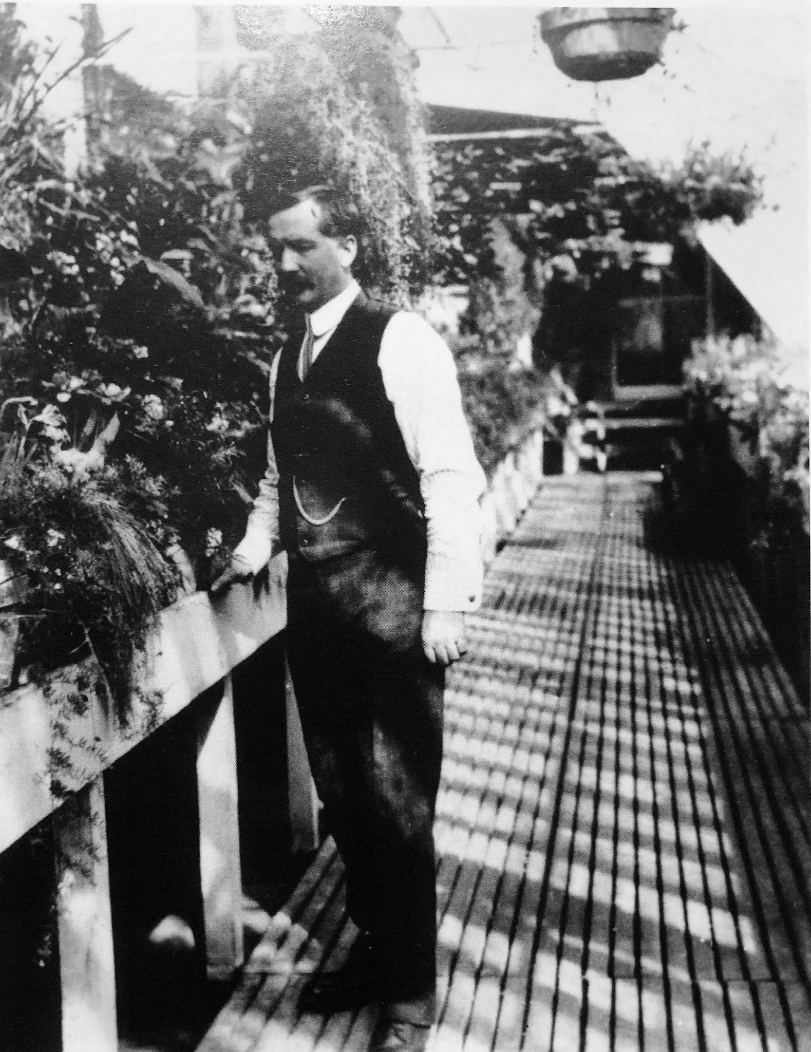 George Watt, the gardener for Government House in Regina, was one of the orchestral society's first members. (Saskatchewan Archives, R-A7499(1))