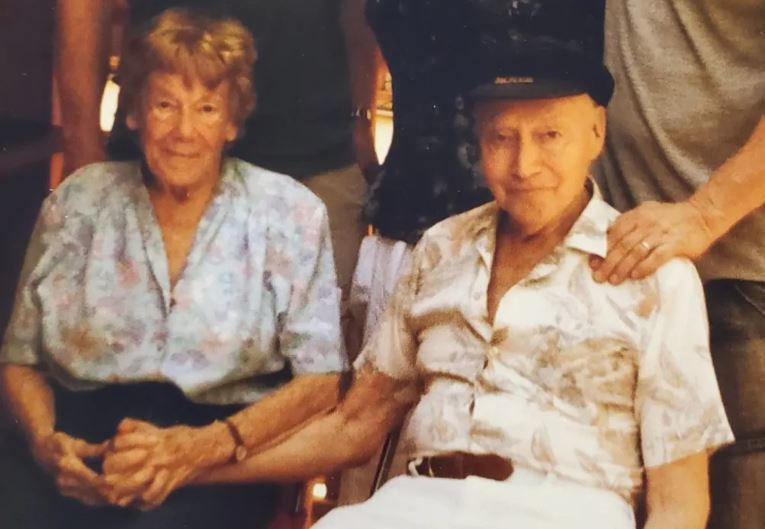 Arthur Hampson seated next to his wife, Barbara, who predeceased him. Arthur died in March 2020 in Vancouver at age 93. (Bruce Hampson)