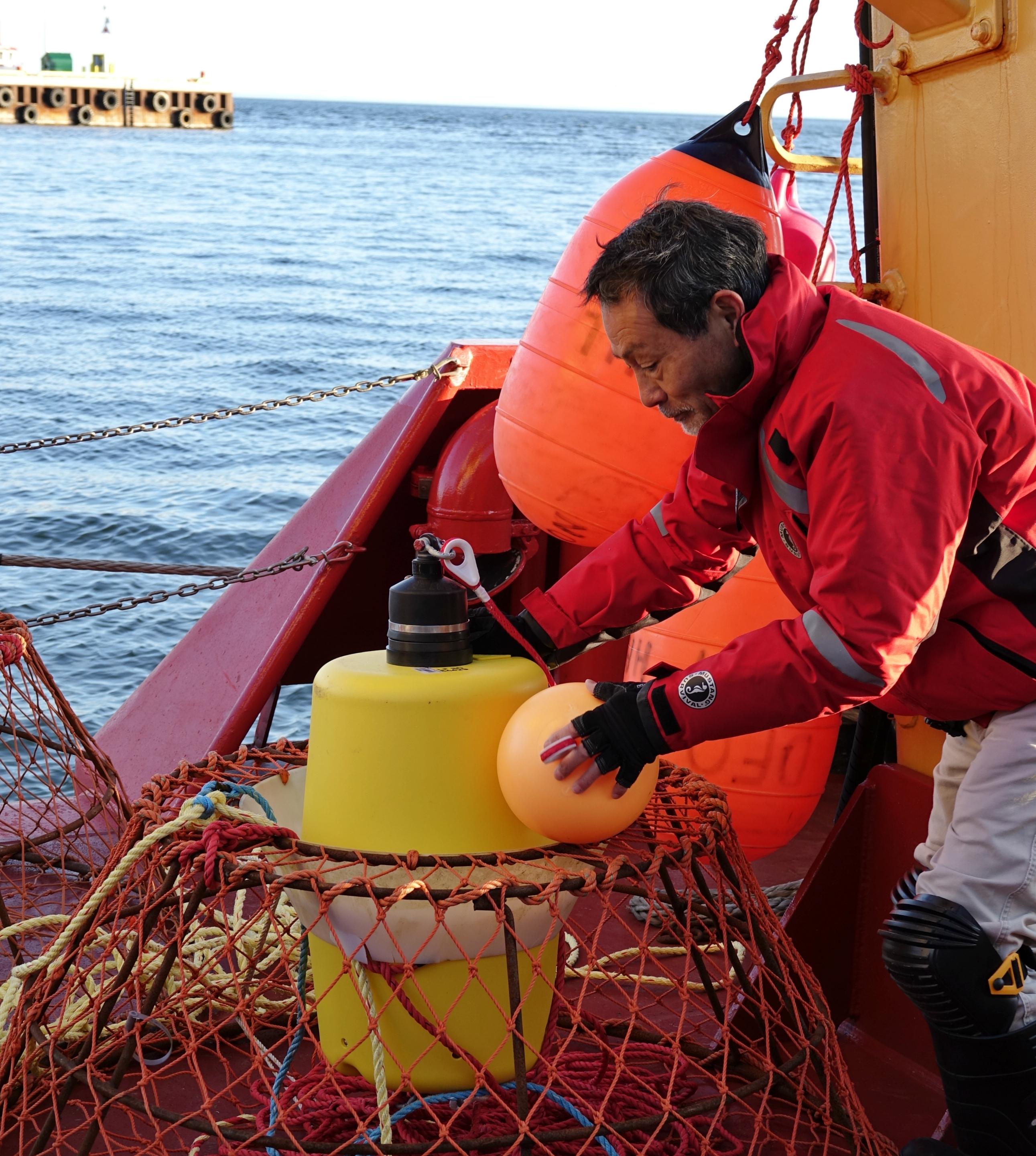 DFO snow crab specialist Mikio Moriyasu has studied snow crab since 1985. (Submitted by Mikio Moriyasu)