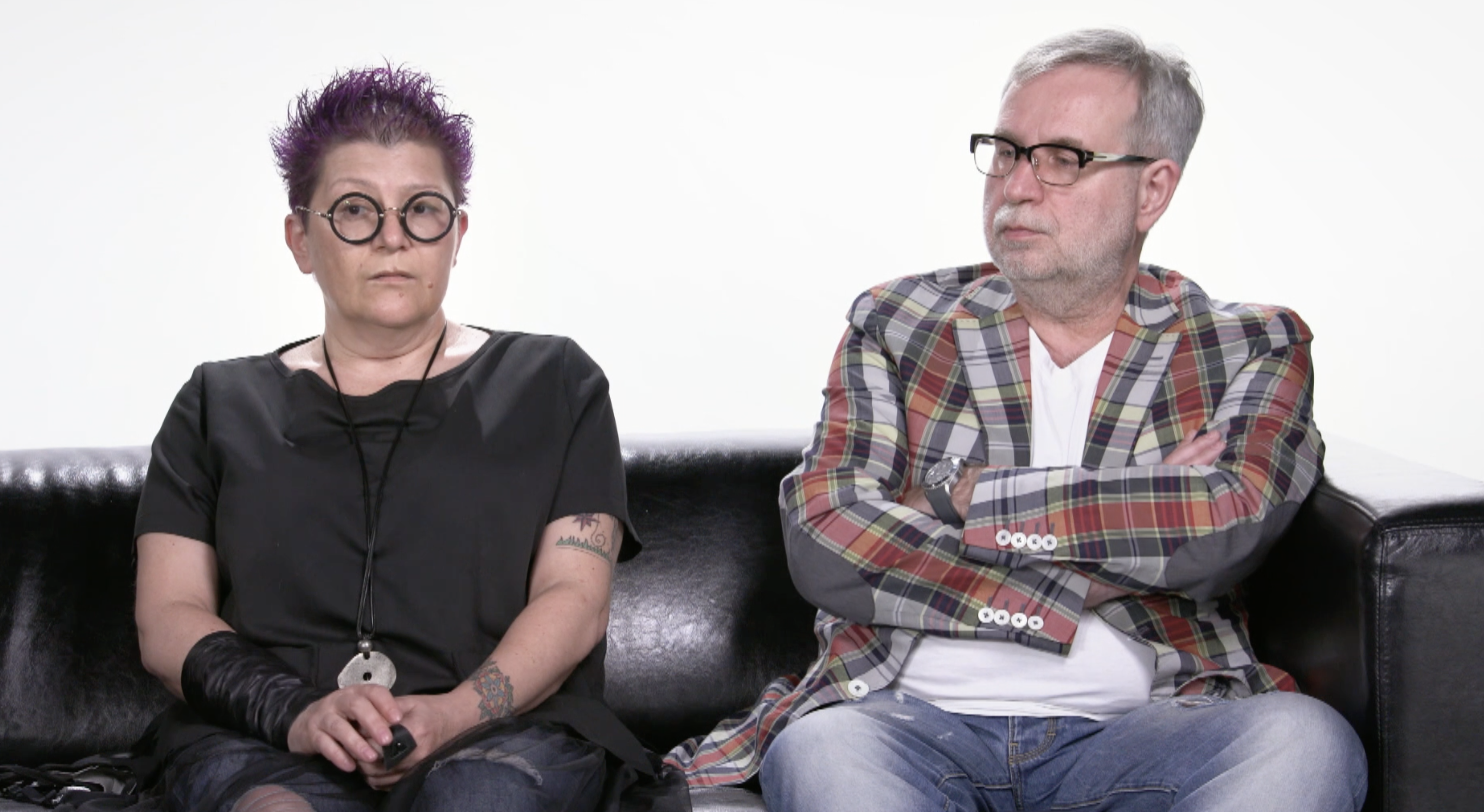 David Roman's parents, Elena Dvoskina and Antonio Roman, struggle with grief and anger.  (John Badcock/CBC)