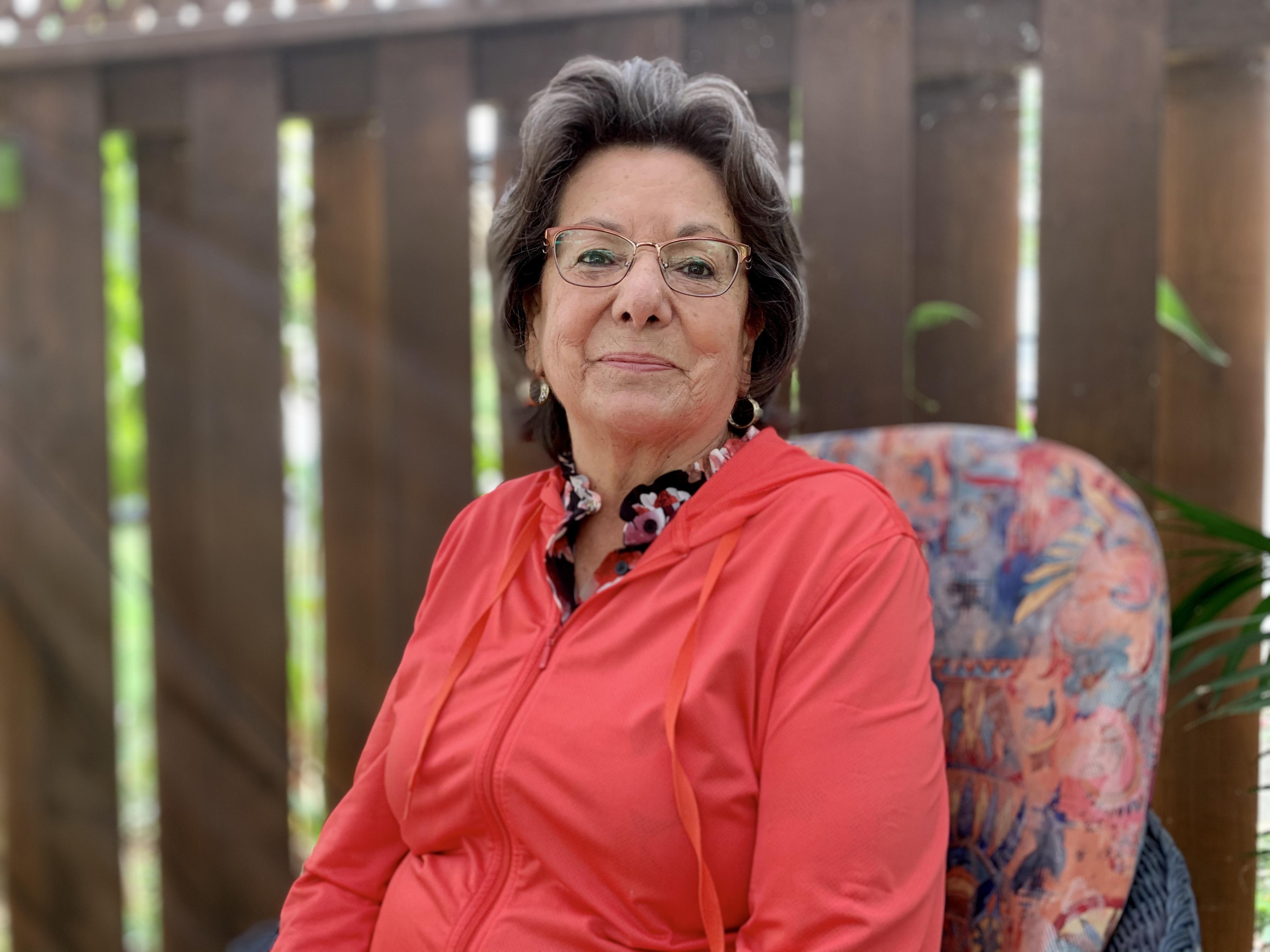 Eva Johnson worked at the Kahnawake Environment Office for 29 years. (Ka'nhehsí:io Deer/CBC)