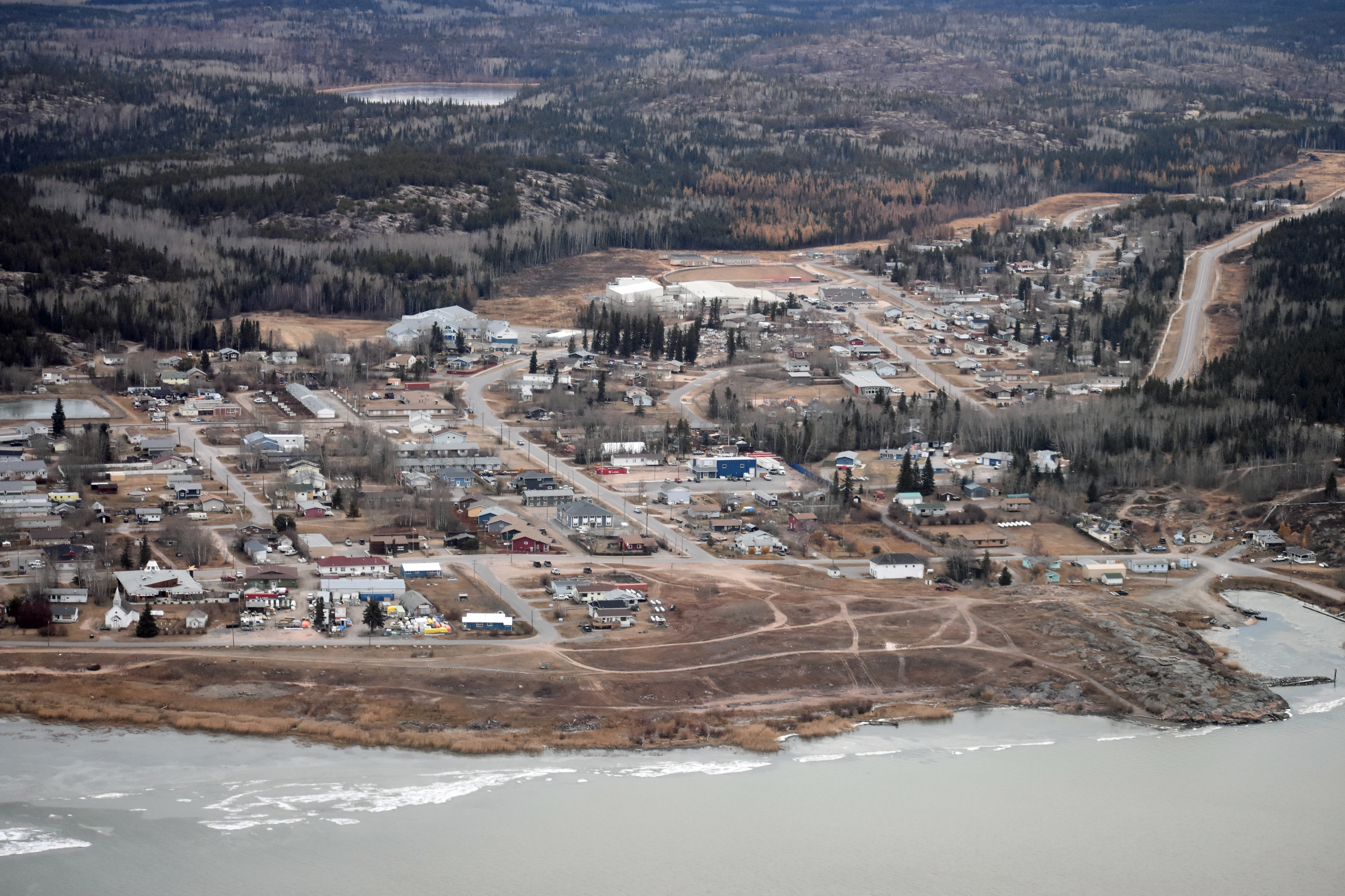 Fort Chipewyan is located on the shore of Lake Athabasca at the mouth of the Slave River. (Geneviève Normand/CBC Radio-Canada)