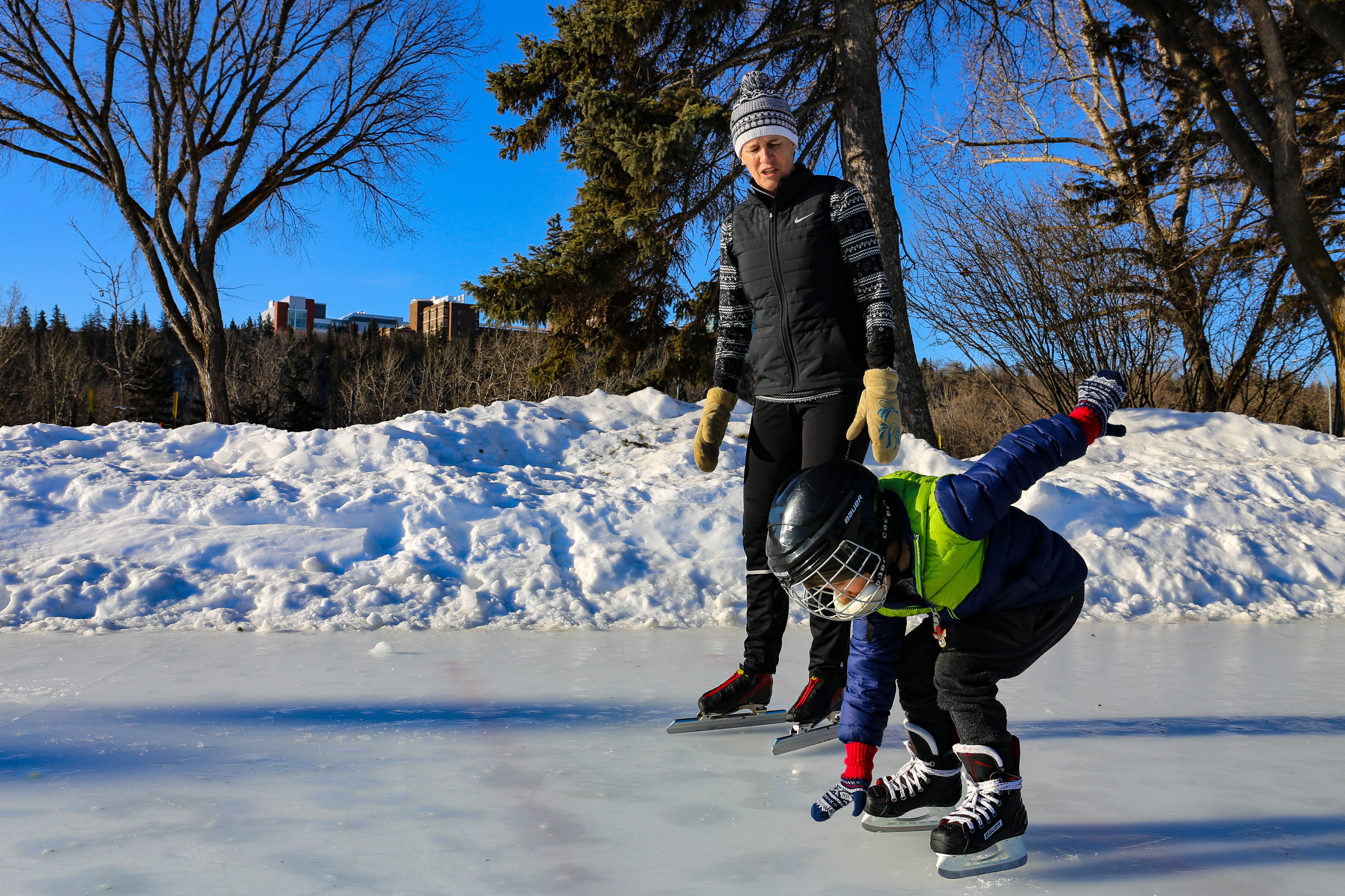 Asher Gregg practises his speed skating start at Victoria Oval. (Emily Rendell-Watson/CBC)
