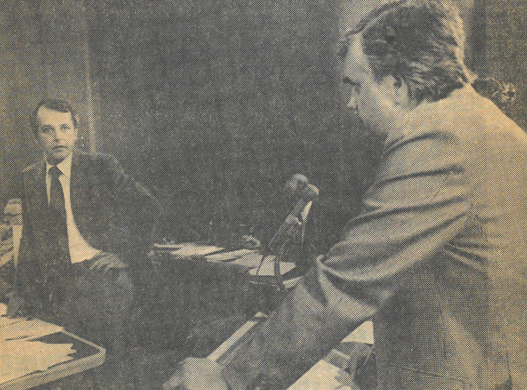 City councillor Peter Zakreski, left, stands off with Capitol theatre preservationist Don Kerr, right, in a heated summer meeting in 1979 at City Hall. (Saskatoon Public Library Local History Room; Copyright: Saskatoon Star-Phoenix)