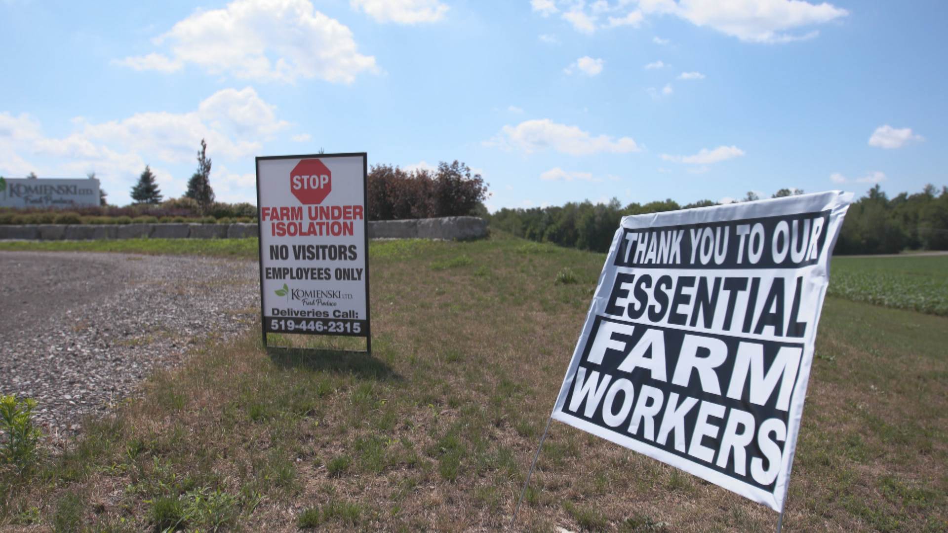 Workers at this Norfolk County farm were told not to leave the premises and threatened with termination and a $1-million fine if they did. (Andy Hincenbergs/CBC)