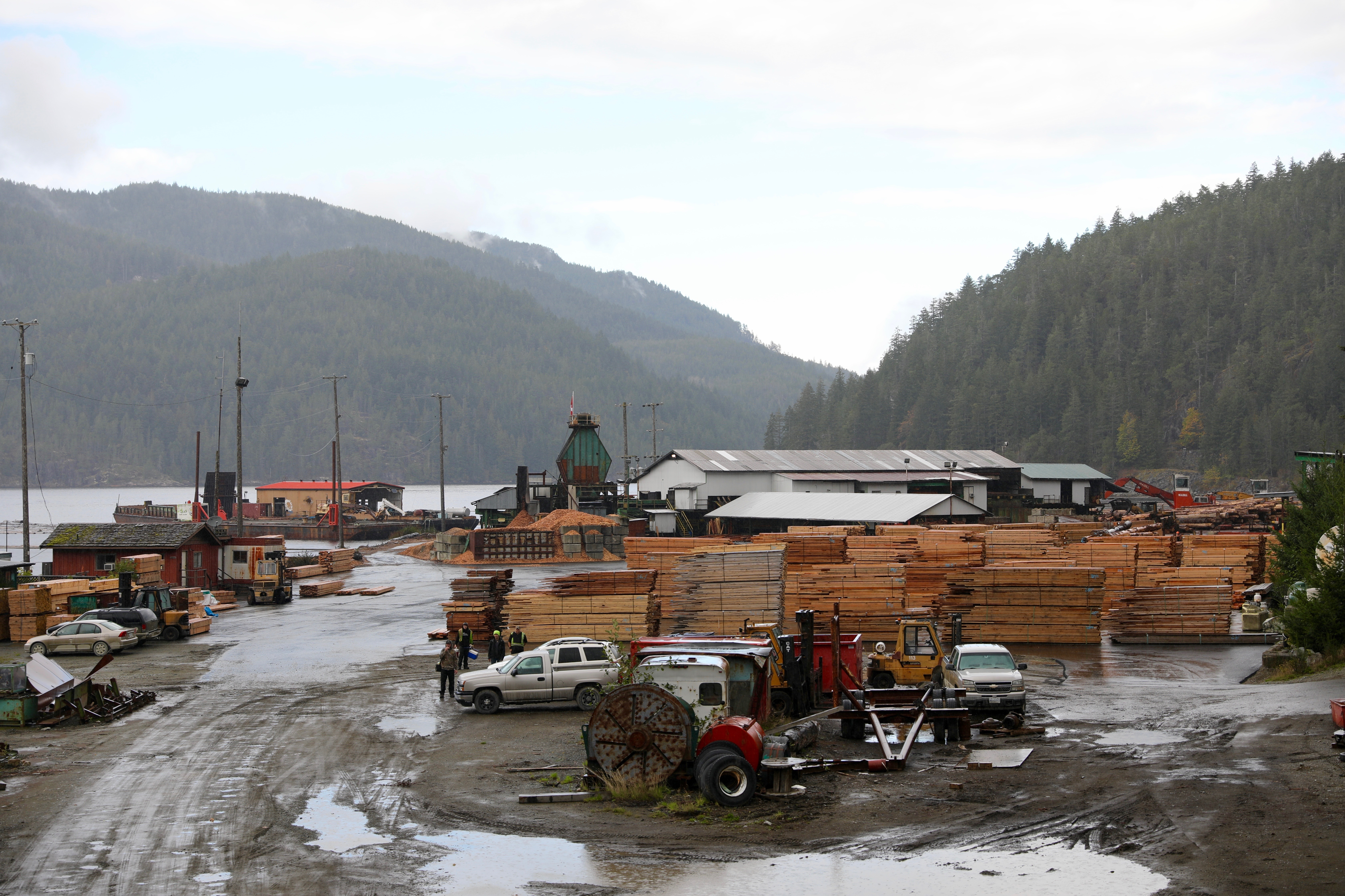 Franklin Forest Products is a sawmill on the Port Alberni inlet on Vancouver Island. It was once a logging camp in the 1930s. (Chris Corday/CBC)