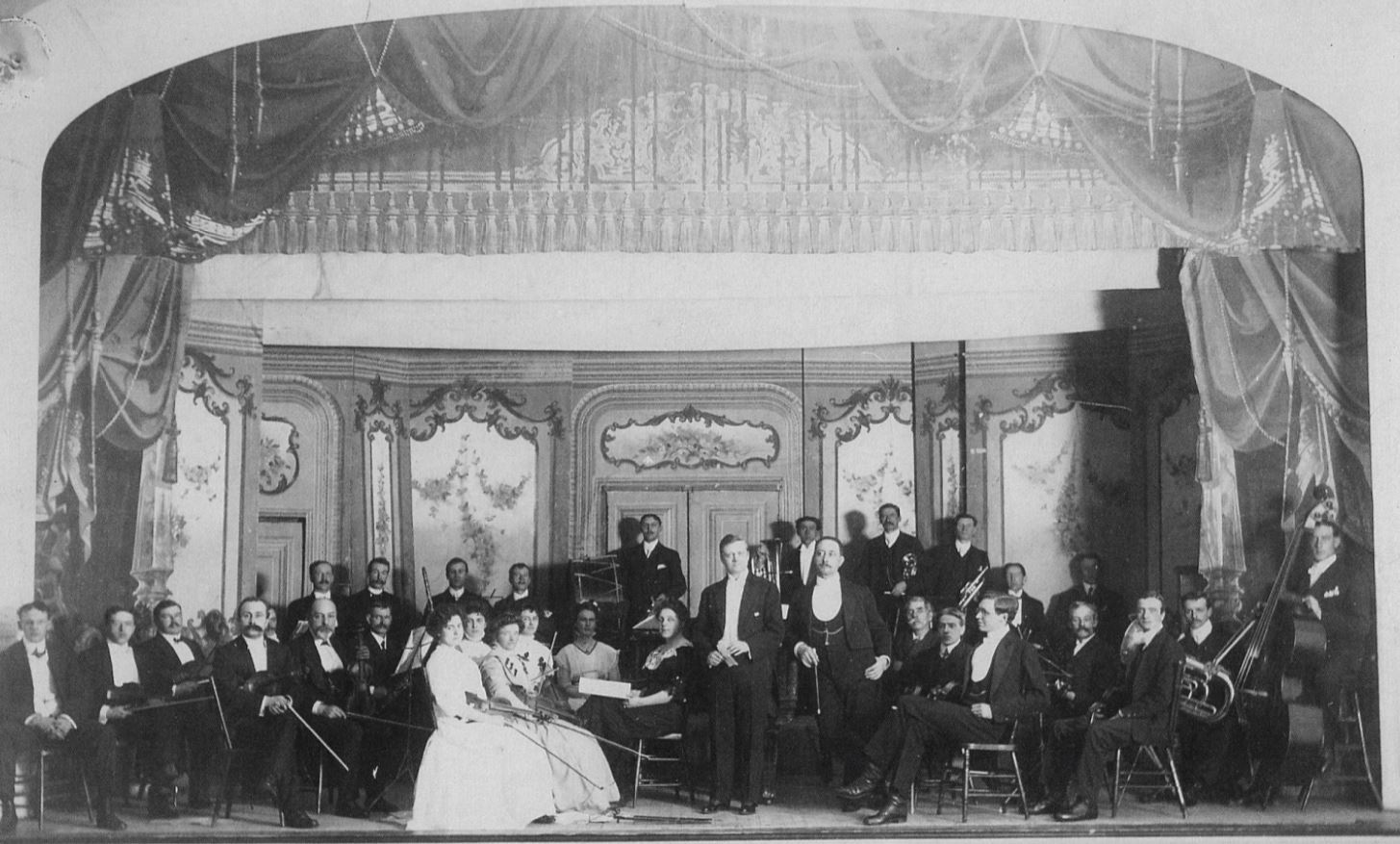 The symphony's second concert of its first season was performed in February 1909. (RSO Archives)