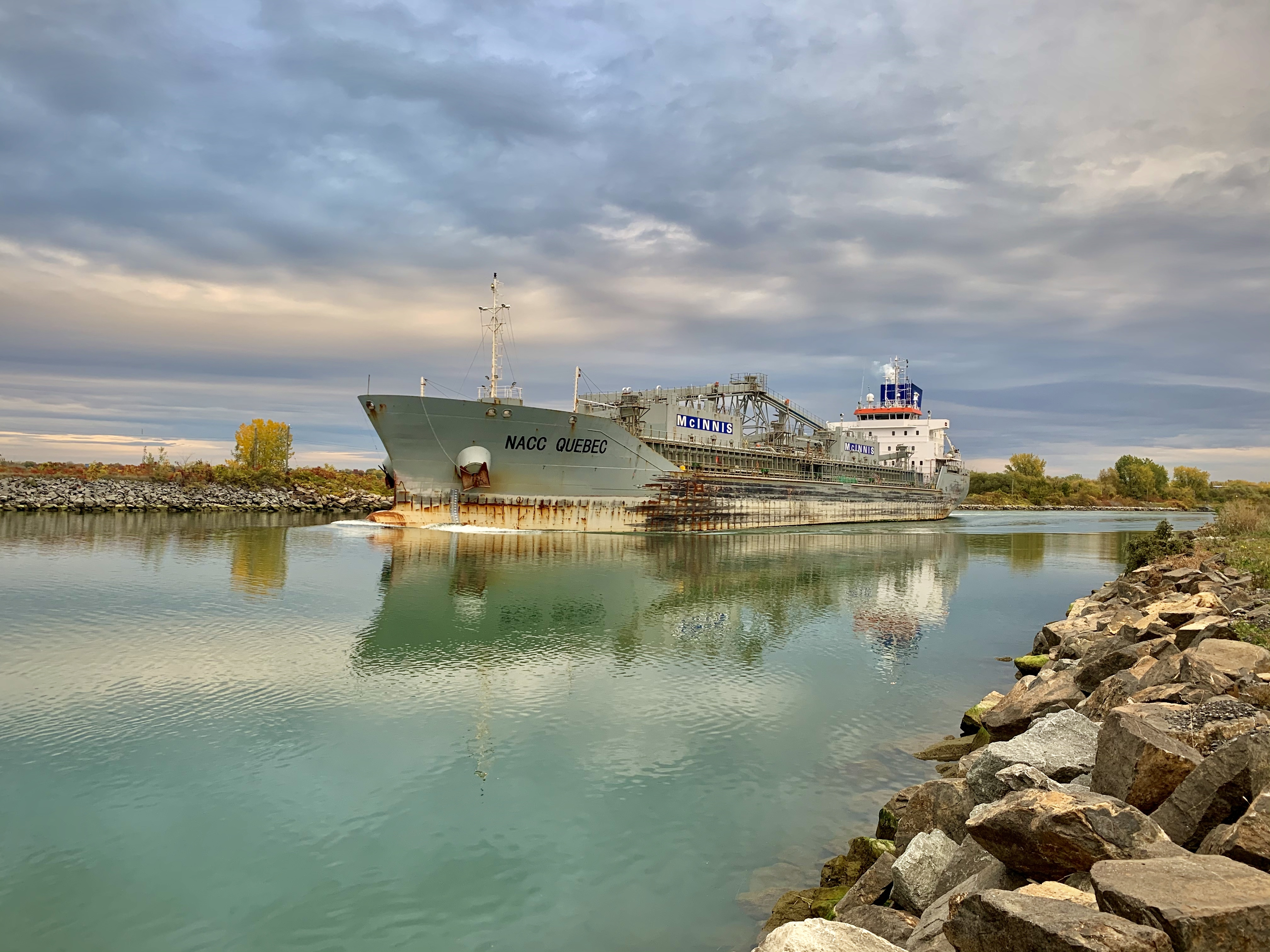 One of the many ships that pass through the seaway by Kahnawake every day. (Ka'nhehsí:io Deer/CBC)