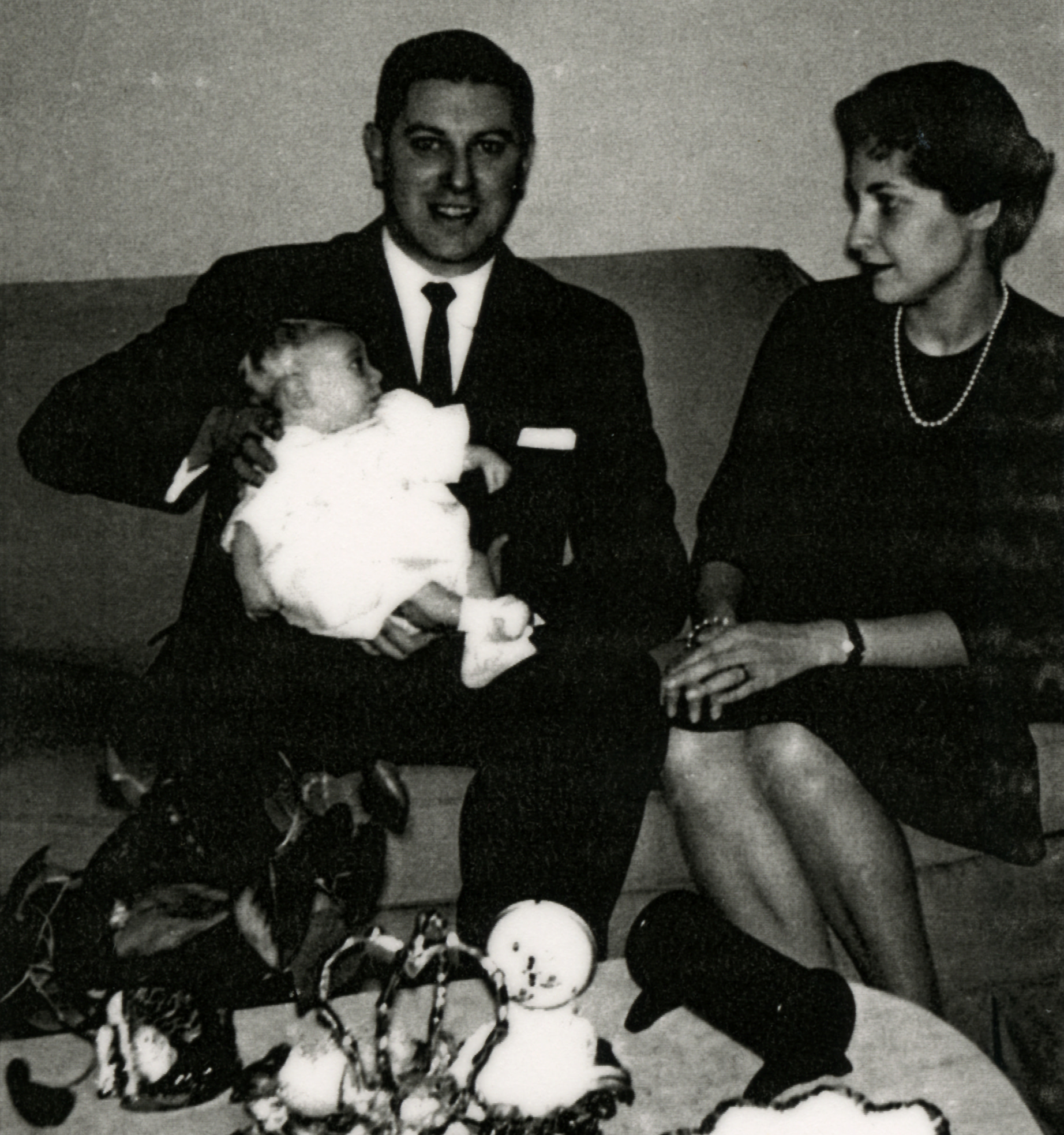 Haskell and Esther Schrier, with their baby, Lloyd. (Submitted by Lloyd Schrier)