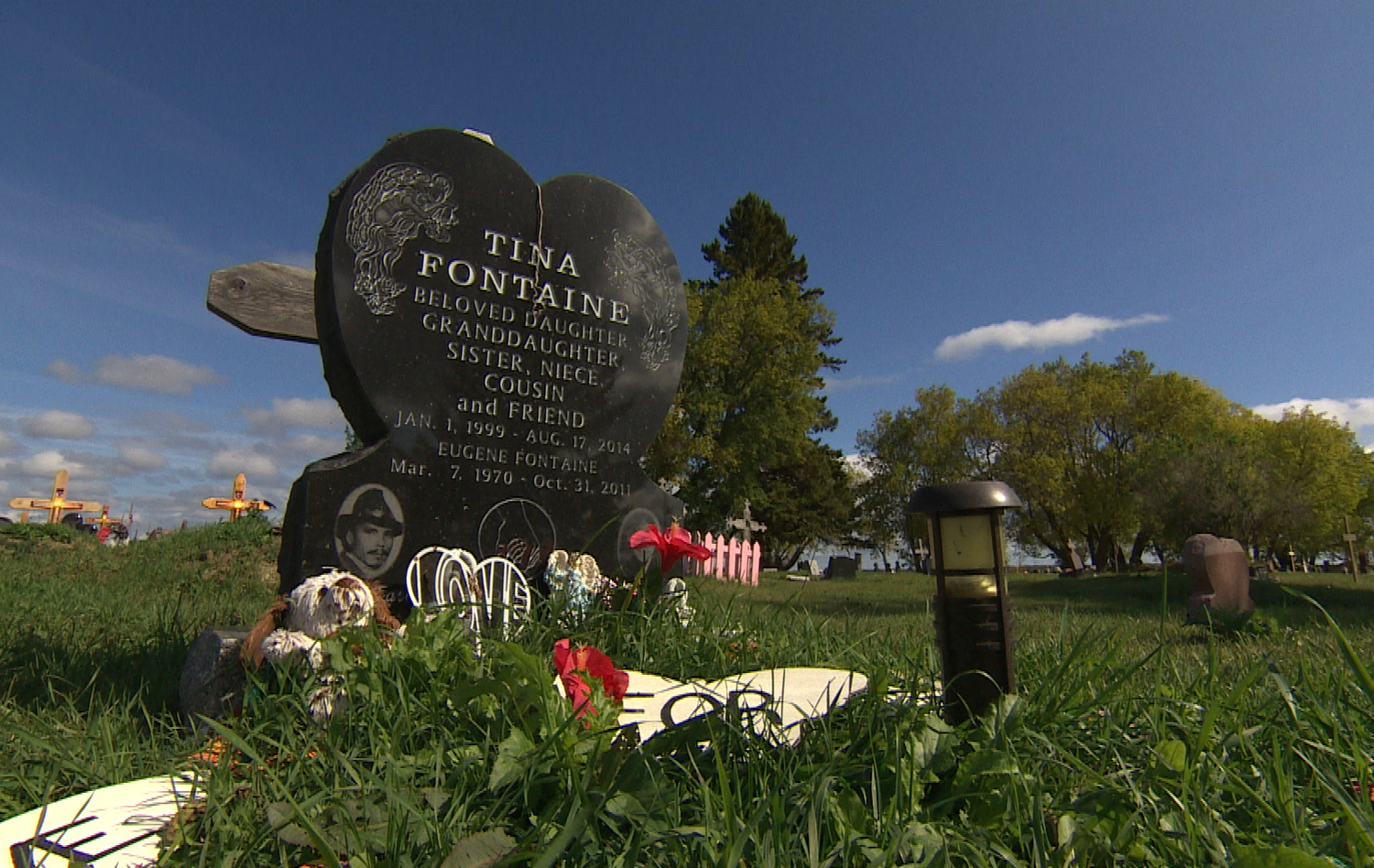 Tina Fontaine's remains lie in the graveyard at Powerview, Man., not far from her father. (Gary Solilak)