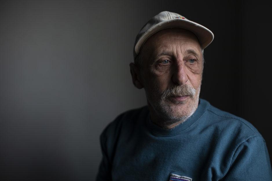 Charlie Smyth inside his temporary modular housing unit. (Ben Nelms/CBC)