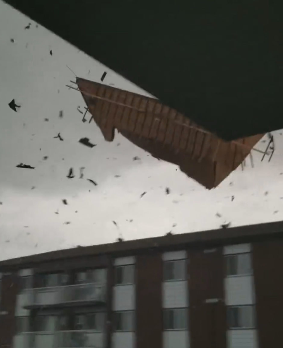 The roof of an apartment building in the Gatineau, Que., neighbourhood of Mont-Bleu is blown off during an EF-3 tornado that struck on Friday, Sept. 21, 2018. (Still from video shot by David Brousseau)