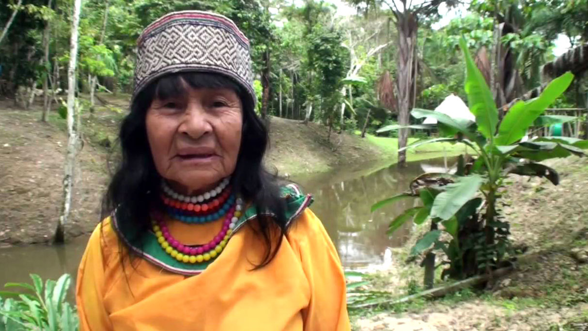 Olivia Arevalo Lomas was one of the most recognizable curanderos in the Peruvian Amazon. (Temple of the Way of the Light/YouTube)