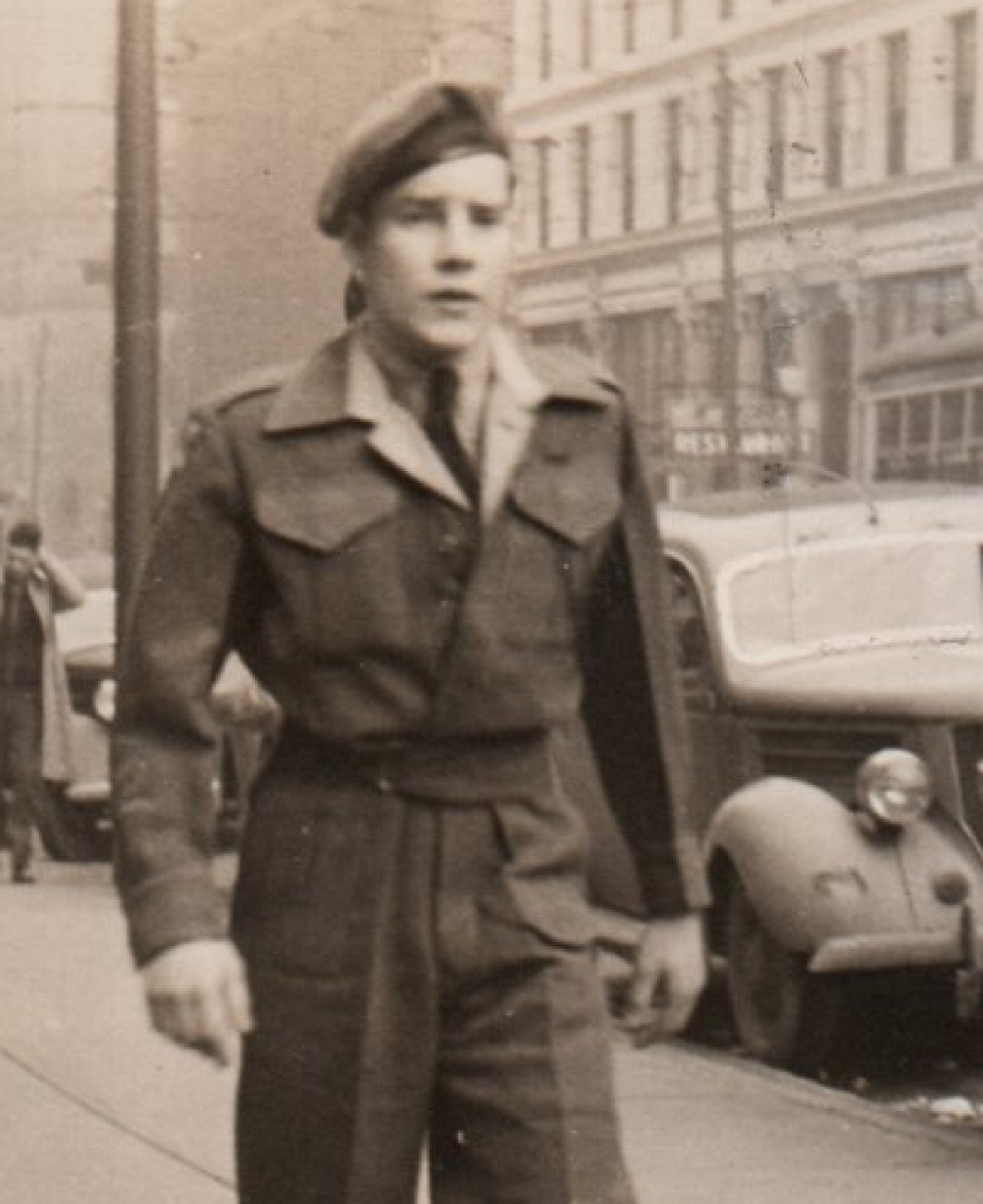 'I was one of the lucky ones,' Bill once wrote in a letter after a local newspaper published a photo of him attending a Remembrance Day ceremony. (Submitted by Valerie Noble)
