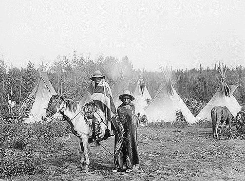 An archival photo of Cree people in the Edmonton area. (Papaschase First Nation)