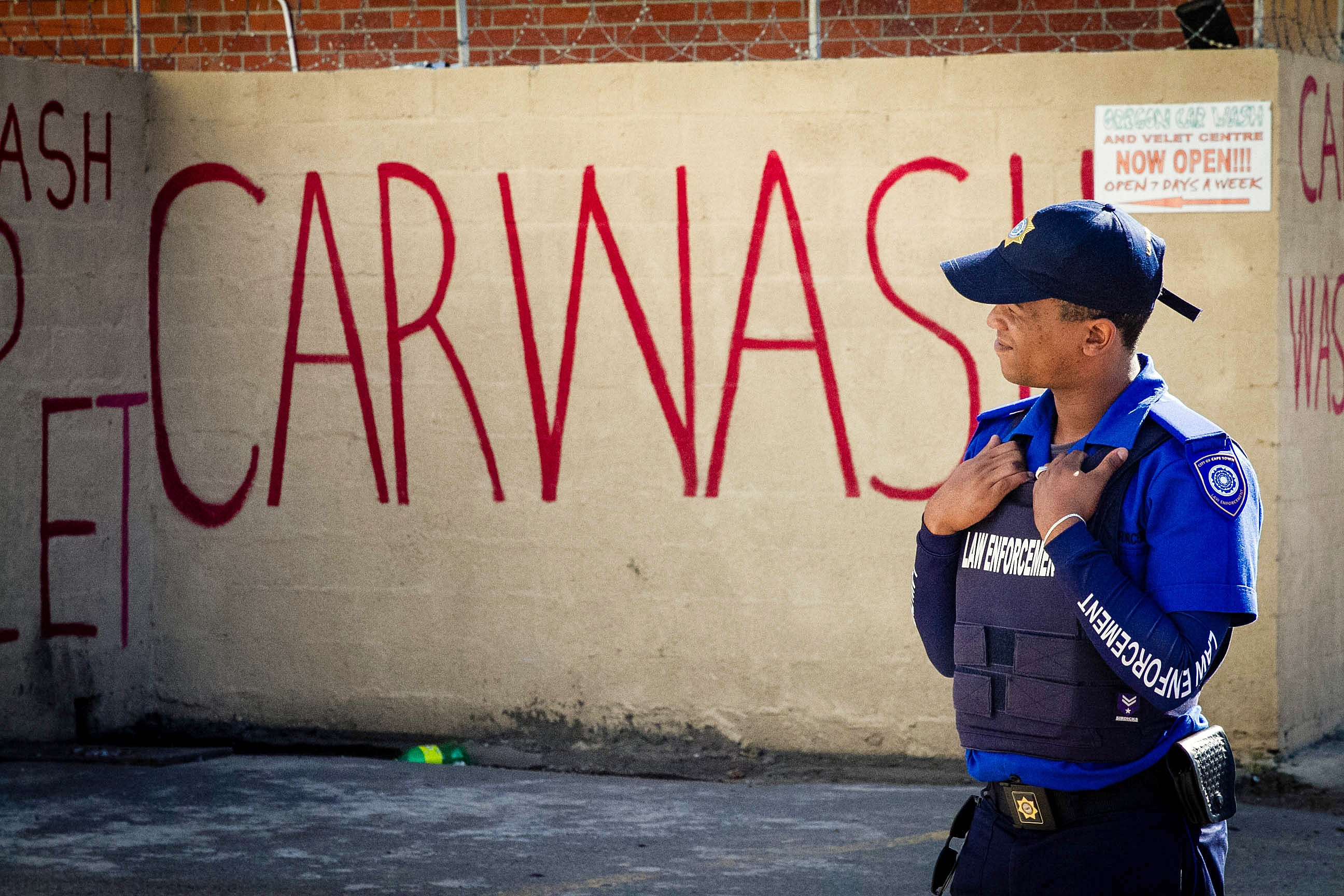 Police have been keeping a close eye on car washes, particularly makeshift operations in the townships and settlements. (Lily Martin/CBC)