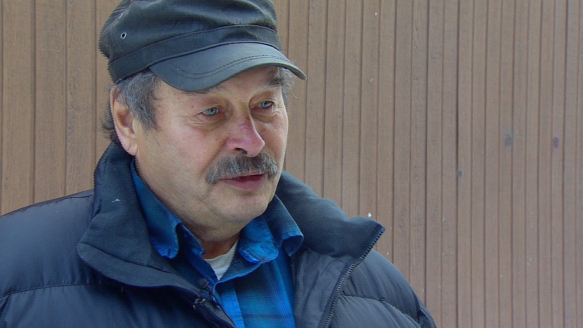 Champagne and Aishihik First Nations elder Chuck Hume says the late spring is killing off moose calves in southwestern Yukon. (CBC)