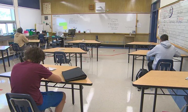 Classrooms look very different this year in Manitoba, with desks arranged to ensure proper separation. (Gary Solilak/CBC)
