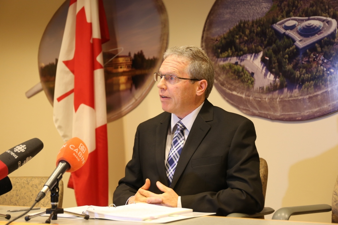 Glenn Wheeler of the Office of the Auditor General of Canada announced in late 2018 that the Northwest Territories' Department of Health and Social Services had failed to improve the territory's foster system, after a 2014 report found significant failures. (Alex Brockman/CBC)