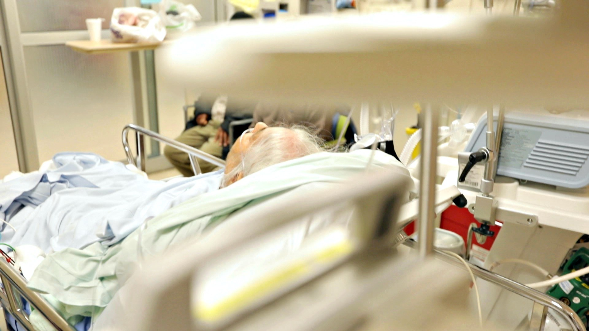 Surjit is 93, says her son, and had trouble breathing overnight. (Paul Borkwood/CBC News)