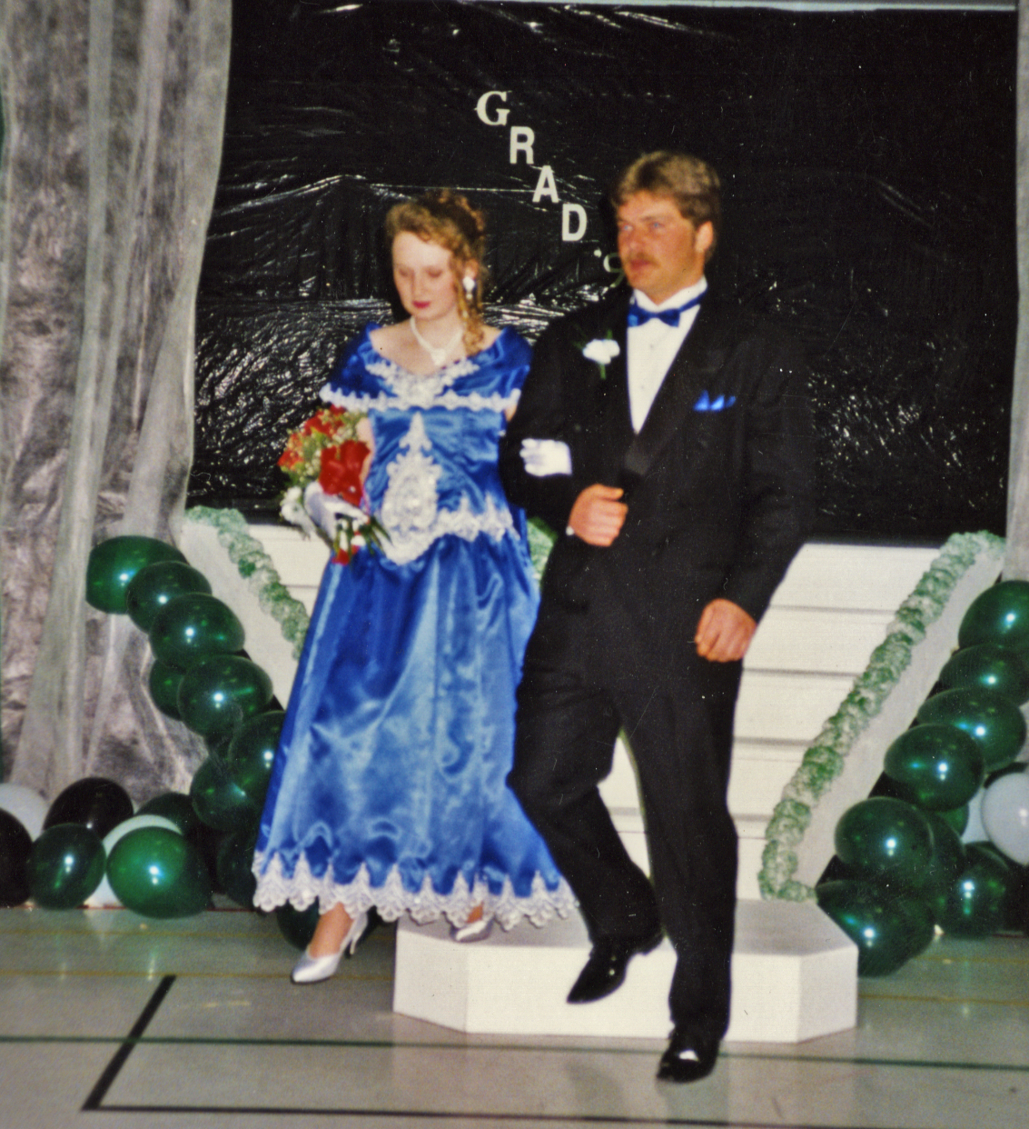Jennifer Hillier-Penney and Dean Penney were high school sweethearts and had their first daughter, Marina, when Jennifer was 17. (Submitted by Vicki Burden)