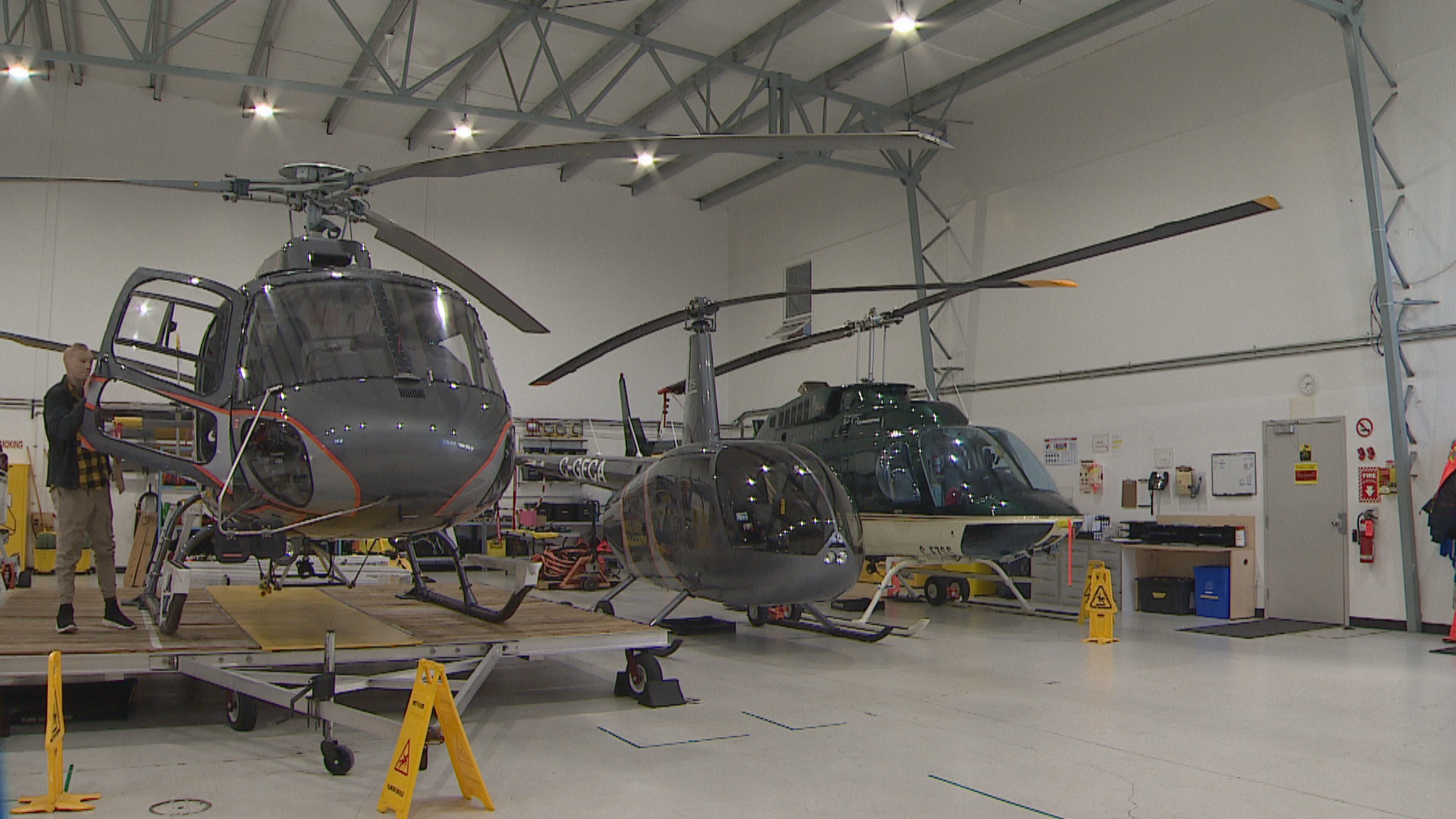 Kyle Hynes, a self-proclaimed workaholic, is a project manager for L.R. Helicopters. (Justin Pennell/CBC)