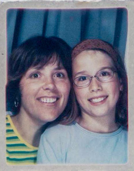 Rehtaeh and her mother took this picture in a photo booth (Leah Parsons)