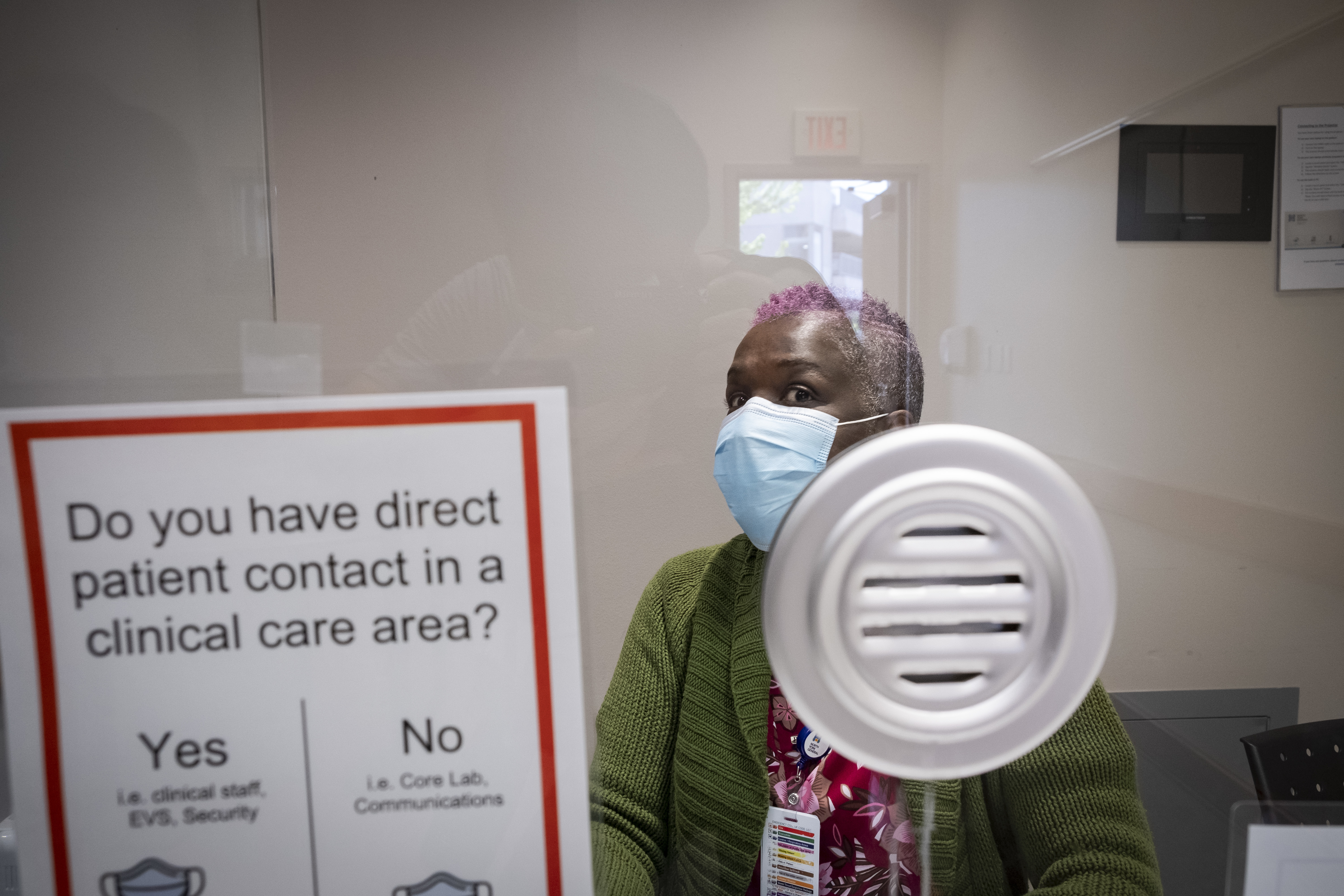 Debbie Gayle screens everyone who comes into the hospital. (Evan Mitsui/CBC)
