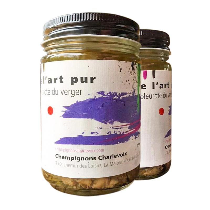 Mélissa Deschênes put her artwork on the labels of local products.(Patrice Gagnon/ go-xplore.com)