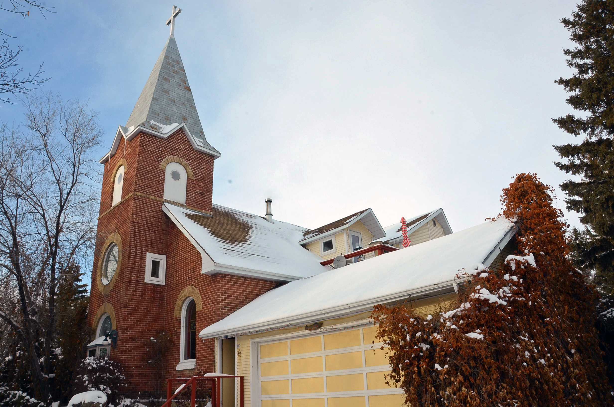 Mel Bolen bought this church in 1974, after it was decommissioned. (Bridget Yard/CBC)